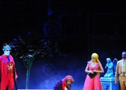 """""""Faust"""" operası 23 yıl sonra yeniden İstanbul'da"""
